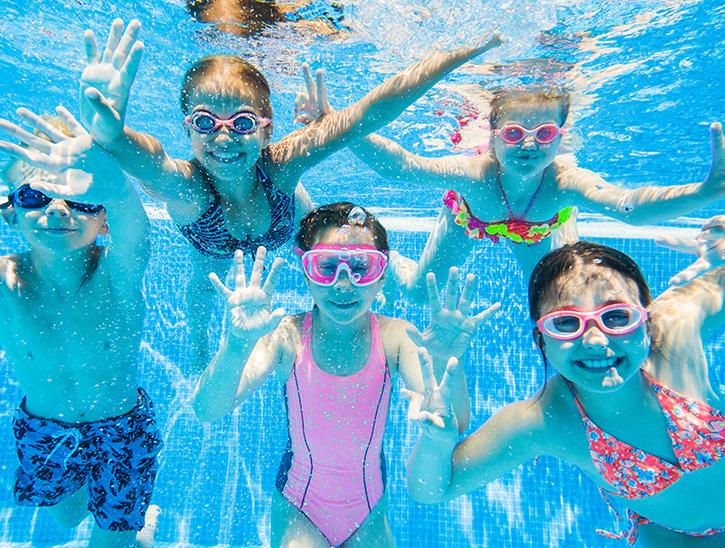 enfants sous l'eau - stage de natation enfant - natation enfant