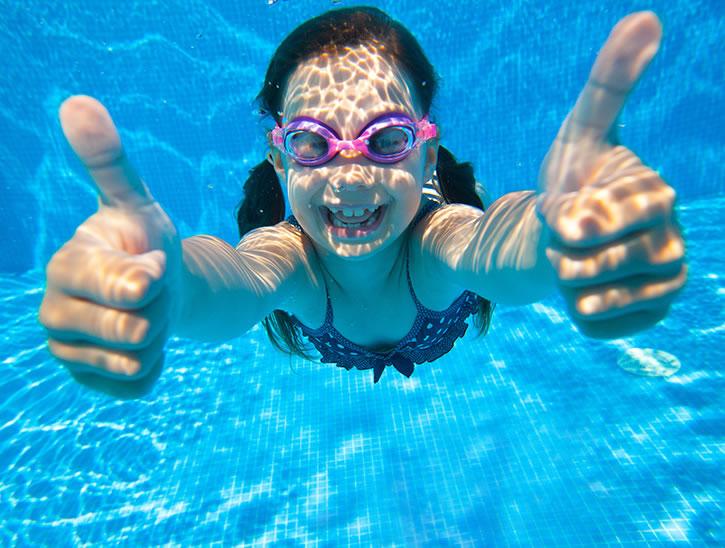 stage natation enfant - stage apprentissage natation - cours de natation enfant