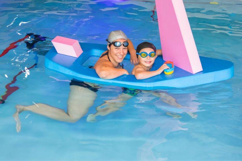 aquaeveil-aquapassion-enfant maman bateau flotteur